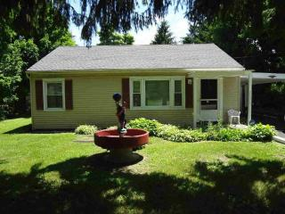 Cozy House with Internet Access and A/C - Fishkill vacation rentals
