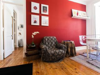 BE WHITE IN CENTRAL LISBON - Lisbon vacation rentals