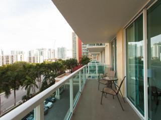 Spacious comfortable apart 2 bedrooms Sunny Isles - Sunny Isles Beach vacation rentals