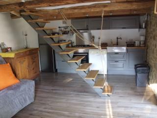 Bright 1 bedroom Vacation Rental in Pelussin - Pelussin vacation rentals
