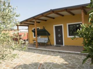 Nice House with Internet Access and A/C - Gaggi vacation rentals