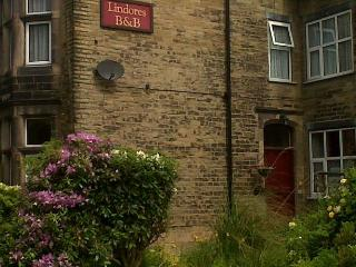Perfect 2 bedroom Bed and Breakfast in Todmorden - Todmorden vacation rentals