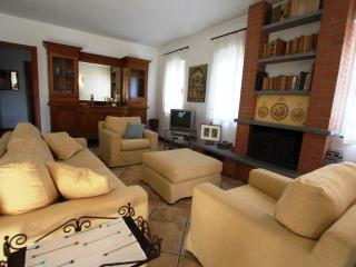 Nice Villa with Internet Access and Wireless Internet - Montorfano vacation rentals
