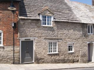 Cosy Character Cottage in Corfe Castle Dorset - Corfe Castle vacation rentals