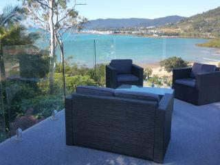 Luxury  seaside seaview home with pool - Cannonvale vacation rentals