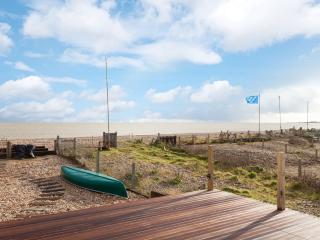 Luxury high spec house on the beach - dogs go too! - Pevensey vacation rentals