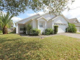 Comfortable House with Internet Access and A/C - Kissimmee vacation rentals
