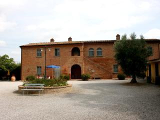 Casa Carlotta - Acquaio. Foiano della Chiana - Foiano Della Chiana vacation rentals