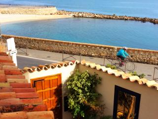 Fabulous Sea Views! Fabulous Modern 3 Bed -Antibes Centre Ville - Antibes vacation rentals