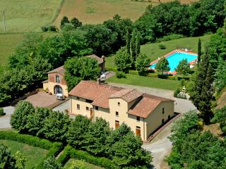 VILLA AVANELLA  tuscany holiday with swimming pool - Certaldo vacation rentals