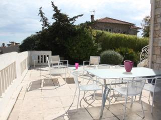 The White house: 4 beds villa, garden, 5 min sea - Nice vacation rentals