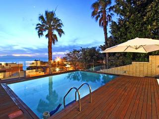 Stylish, Tranquil Villa in Camps Bay - Iris - Camps Bay vacation rentals