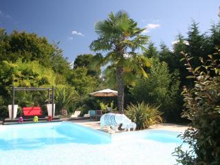 Chambre d'hôtes  au calme à 15 mn de Bordeaux - Sadirac vacation rentals