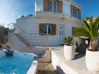 **Stay 7 Pay 6 or Stay 14 and Pay 12** Villa Ivana - Your Own Piece of Paradise - Rogac vacation rentals