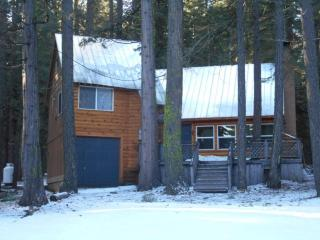 Prattville. 4 Bdrm 2 Bath Two Blocks from the Lake - Lake Almanor vacation rentals