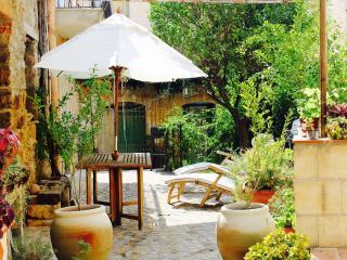 Le Case del Borgo: Pietra - Cefalu vacation rentals