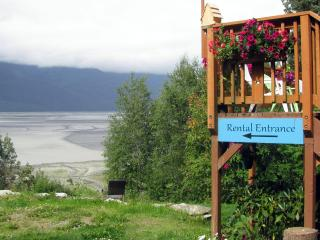 Hidden Cove Farm Suite 1 BR beach access, hot tub, pet friendly - Haines vacation rentals
