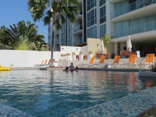 Oceanfront 2BR / 2bath Condo 1st Fl Pool  gated - San Carlos vacation rentals