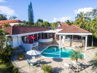 Villa Sirena - tropical garden villa - Sosua vacation rentals