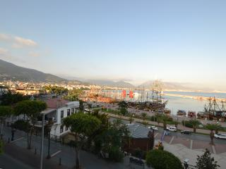 great sea view in alanya harbour - Alanya vacation rentals
