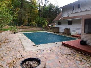 Spacious and private! Fully furnished with a pool - Ada vacation rentals
