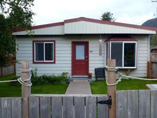 Seward Beachside Bungalow - Cottage on the Bay - Seward vacation rentals