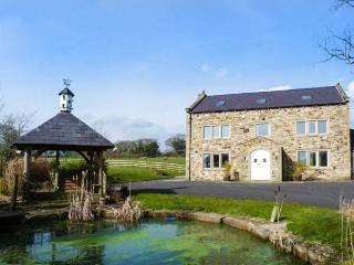 SOMERWOOD, luxury house, woodburner, en-suites, cinema, snooker table, hot tub - Ribchester vacation rentals