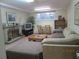 Furnished/Equipped Full Apartment All Inclusive - Toronto vacation rentals