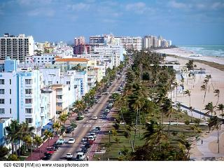 1 Bedroom on famous Collins avenue on the beach!! - Miami Beach vacation rentals