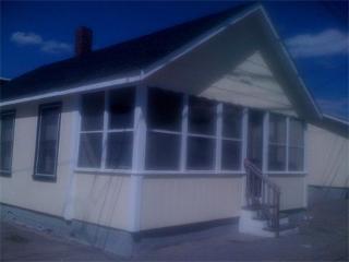 5 MIN WALK to Beach!2-3 BDRM COTTAGE Manchester St - Hampton vacation rentals