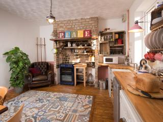 The Pink House cosy and quirky - Bishop Auckland vacation rentals