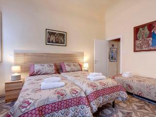 "Apartment ""Monna Lisa"" - Florence vacation rentals"