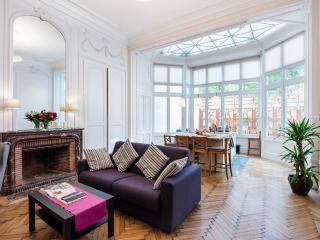 Charme du 18e dans le Vieux Lille - Lille vacation rentals