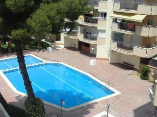Cozy 2 bedroom Apartment in Salou - Salou vacation rentals