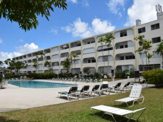 1 Bed apartment, golden view resort, holetown - Holetown vacation rentals