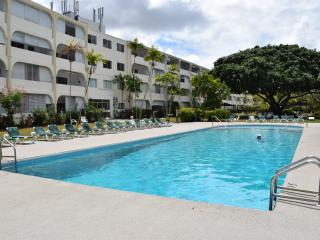 1 Bed apartment, 5 minutes walk beach, west coast - Holetown vacation rentals