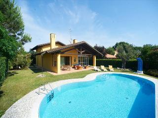 Villa Via Corallo Fjordi - Isola Albarella vacation rentals