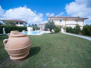 4 bedroom Villa with Deck in Isola Albarella - Isola Albarella vacation rentals