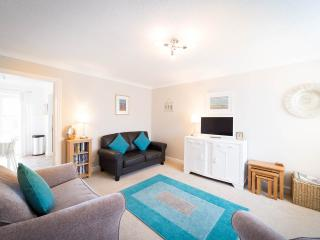 Henshaw House, 3 bed house, York, 2 parking spaces - York vacation rentals
