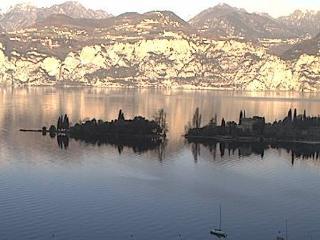 LA CORTE DI MAGU'- Front Lake Apartment Malcesine  Verde 6P - Malcesine vacation rentals