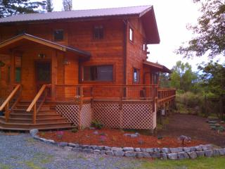 Comfortable Family Cottage/Cabin with Hot Tub - Olga vacation rentals
