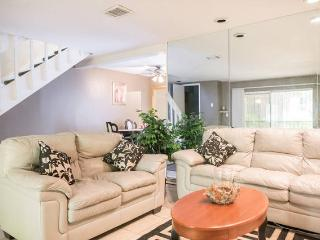 Townhouse in gated community close to the Strip - Las Vegas vacation rentals