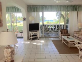 OCEANFRONT CONDO, SERENE, UNCROWDED GENTLE WINDS - Christiansted vacation rentals