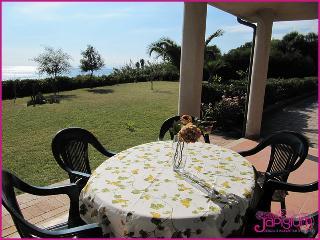 Vacanze Capo Rizzuto in Villa a 2 passi dal Mare - Isola di Capo Rizzuto vacation rentals