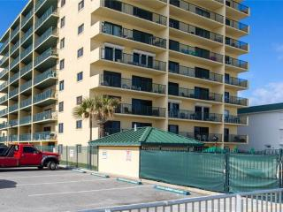 Nice Condo with Internet Access and Shared Outdoor Pool - Daytona Beach vacation rentals