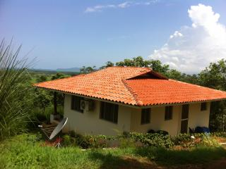 Hilltop Ocean Vista Monkey Casita Near Playa Venao/ Canas Area *4G Wifi - Playa Venao vacation rentals