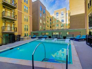 Modern 2-Bedroom a Block from Coors Field TW2 - Denver vacation rentals