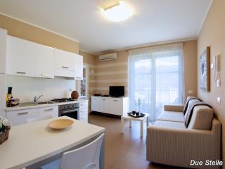 APPARTAMENTO LUNA - Colico vacation rentals