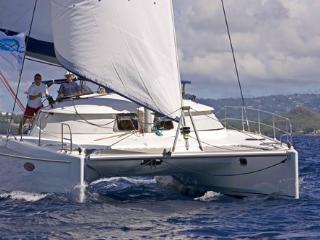 Croisière Antilles catamaran Lavezzi 40 - Le Marin vacation rentals