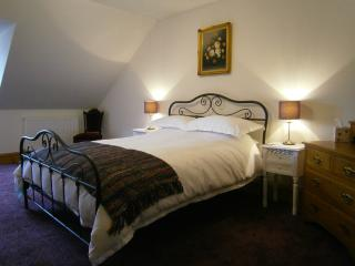 Perfect 2 bedroom Apartment in Fort Augustus with Internet Access - Fort Augustus vacation rentals